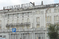 Grand Hotel di Riccione... via le impalcature