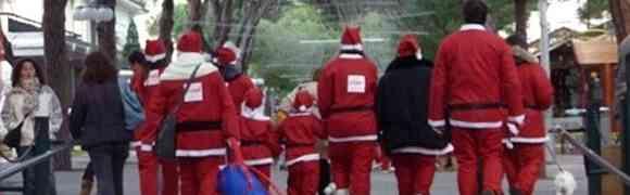 Riccione invasa dai Babbi Natale