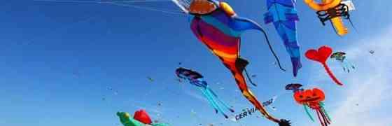 Festival internazionale dell'aquilone, l'arte del vento a Pinarella di Cervia